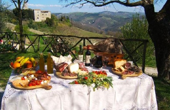 EXPERIENCE THE BEST WINE AND FOOD OF ITALY … UNDER THE TUSCAN STARS